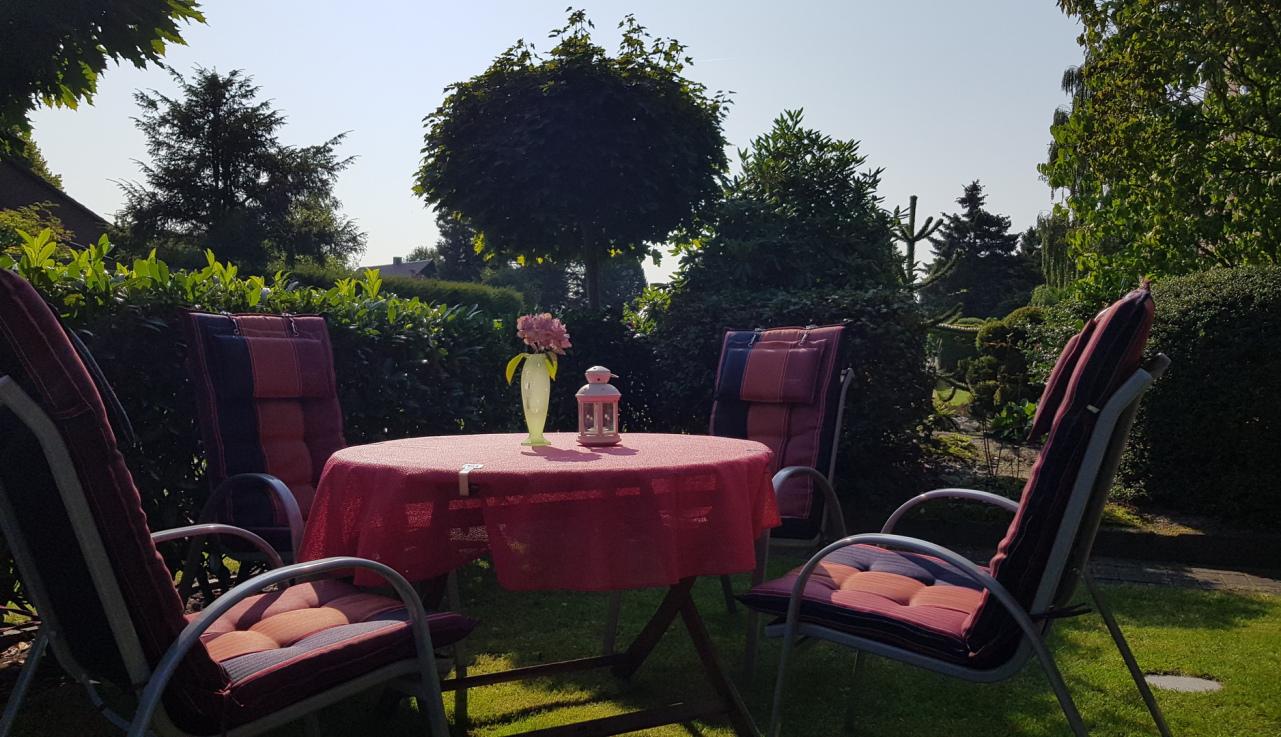 Garten Ferienwohung Apartment UTKIEK Aurich Ostfriesland