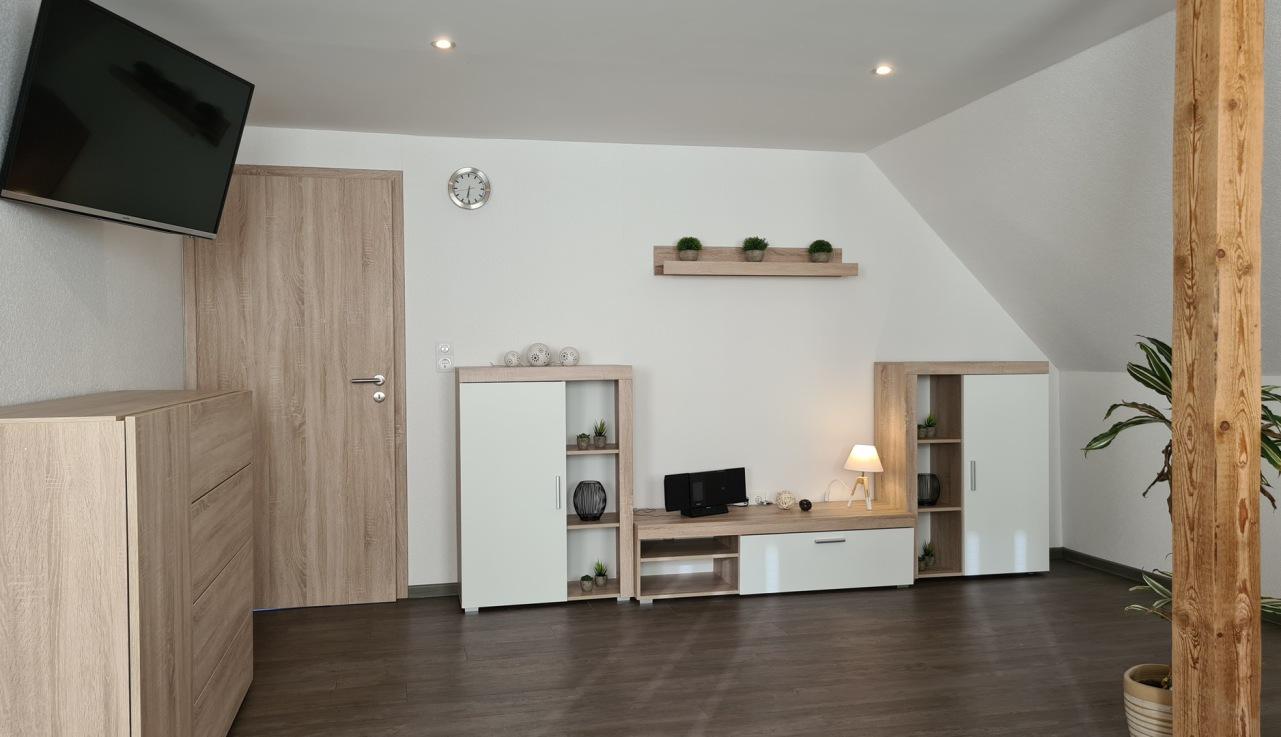 Wohnzimmer Ferienwohung Apartment UTKIEK Aurich Ostfriesland